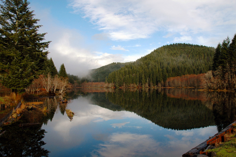 Picture of a lake in Southern Oregon
